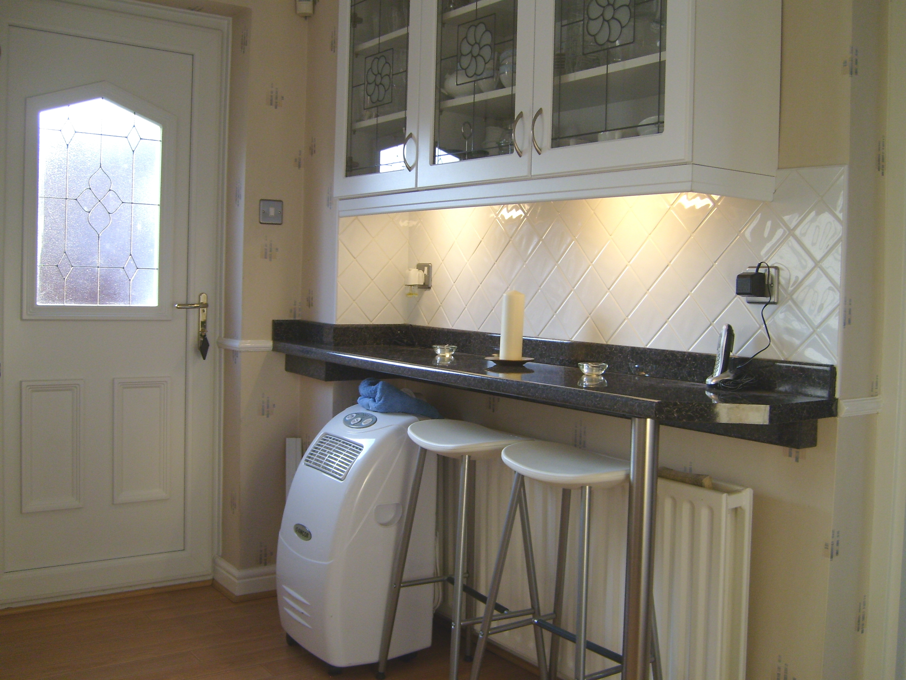 Breakfast bar & rear door